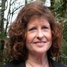 Instructor Lynn Dierking
